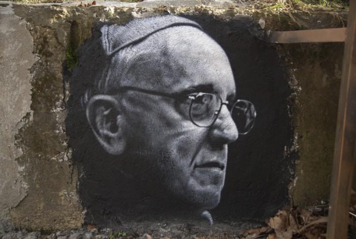 Pope_Francis_graffiti
