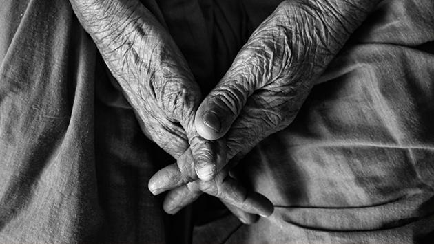 stare dłonie