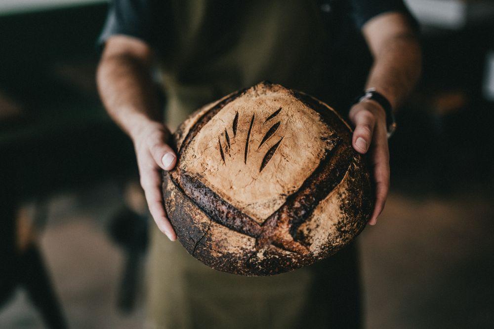 Dopiero Ojciec mójdaje wam prawdziwy chleb znieba